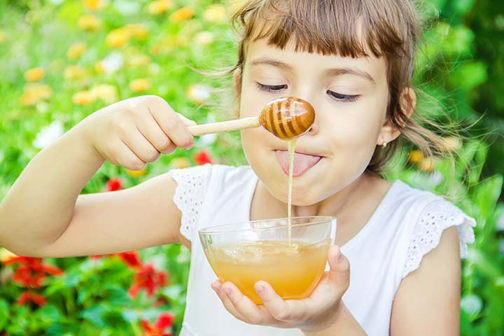 Honey For Kids – 3 Reasons Why It Should Be Your Child's First Food